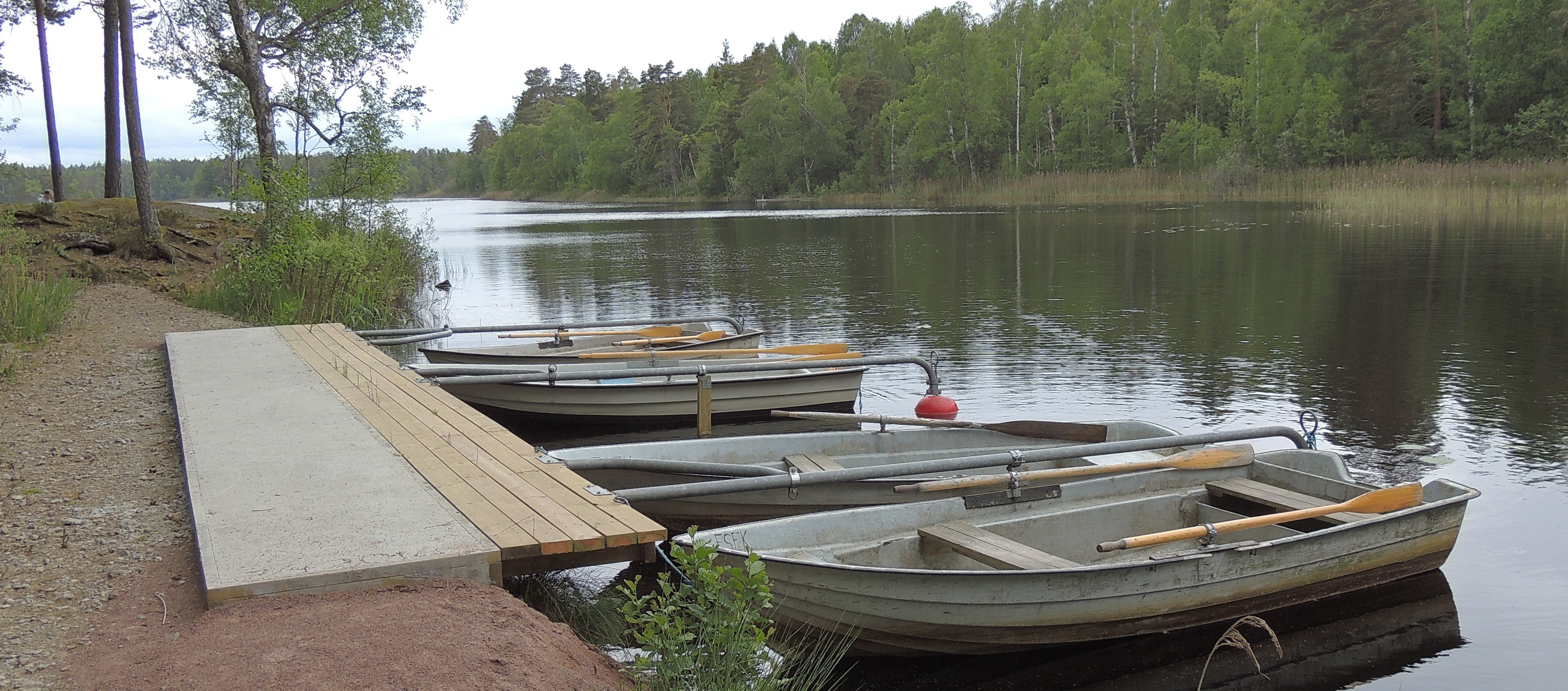 Båtbryggan vid Stora Hällesjön.